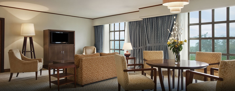 Hotel Hilton Malabo, Guinea Ecuatorial - Habitación de lujo con cama king