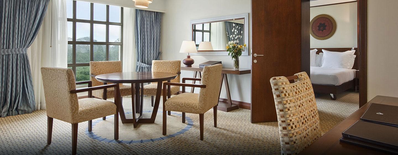 Hotel Hilton Malabo, Guinea Ecuatorial - Sala de estar de la suite