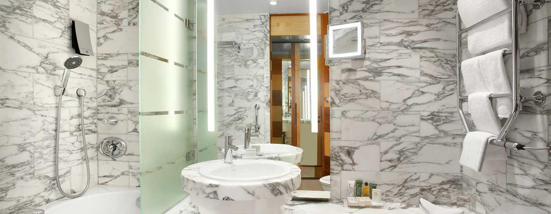 hilton stockholm slussen hotel. Black Bedroom Furniture Sets. Home Design Ideas