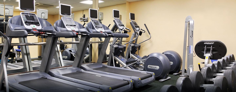 Trainieren Sie ungestört im Fitnessraum des Hotels