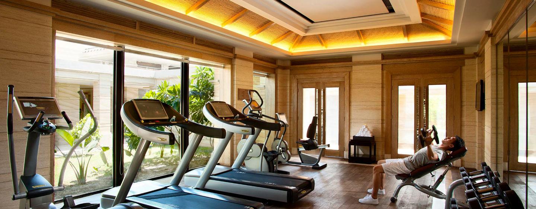 Einem Training steht Ihnen nichts im Wege, das hoteleigene Fitness Center ist gut eingerichtet