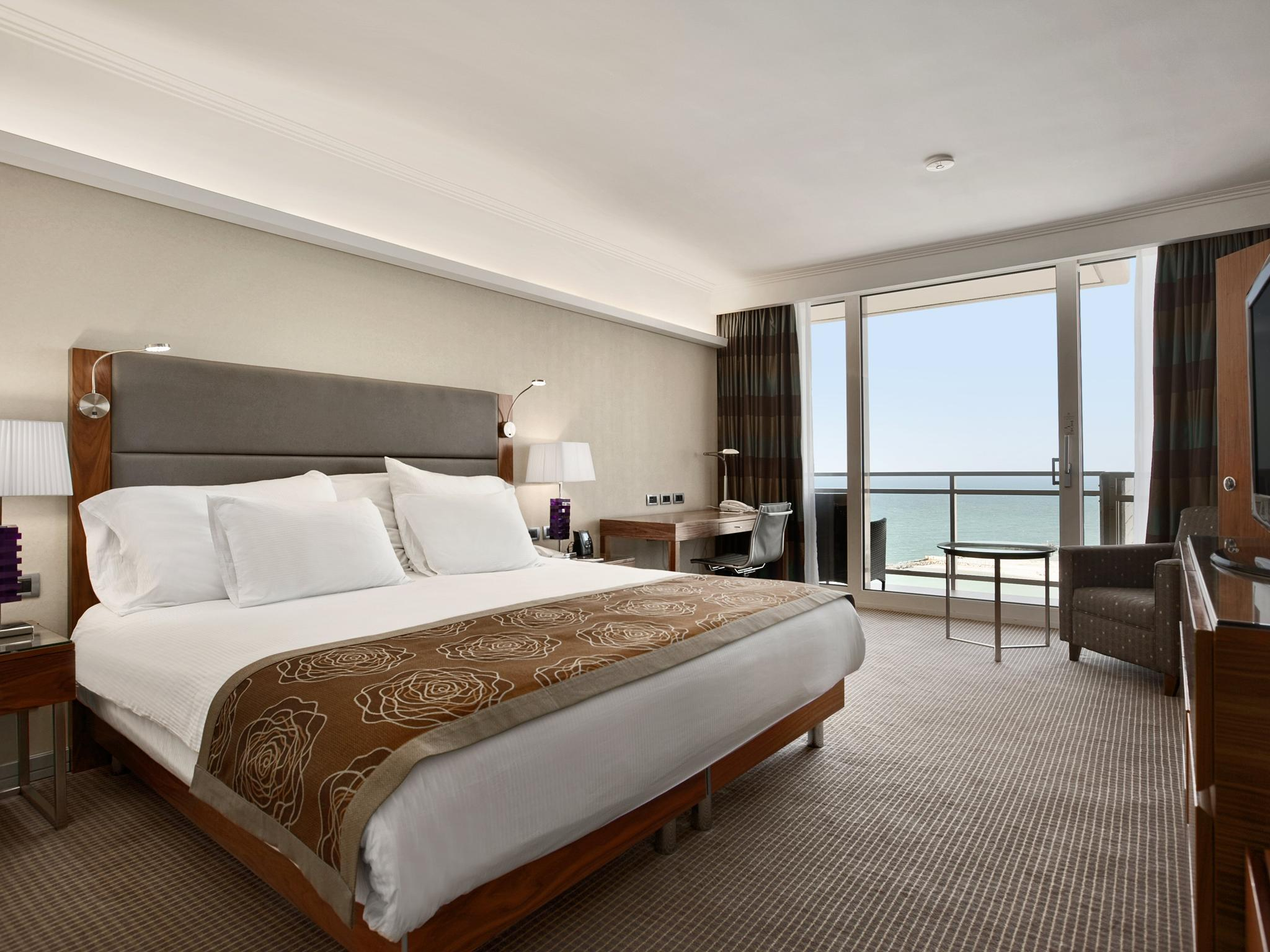 Hilton Tel Aviv Luxushotels Im Stadtzentrum Tel Avivs - Tres grand lit design