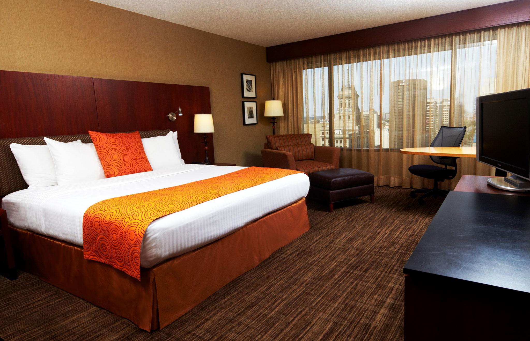 Hot 233 Is Em Toronto Canad 225 Hilton Worldwide