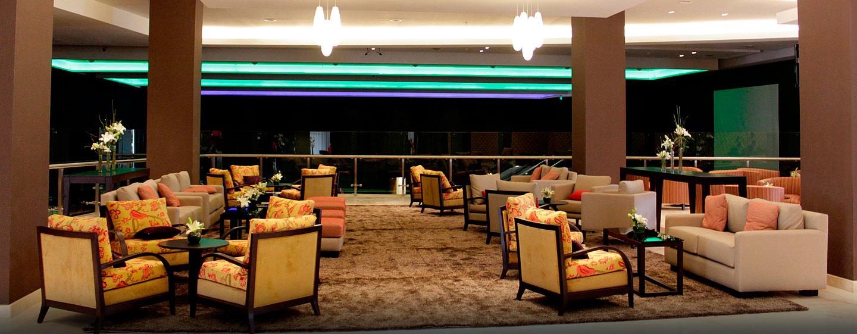Sala De Estar Francais ~  Tucumán, San Miguel de Tucumán, Argentina  Sala de estar del lobby