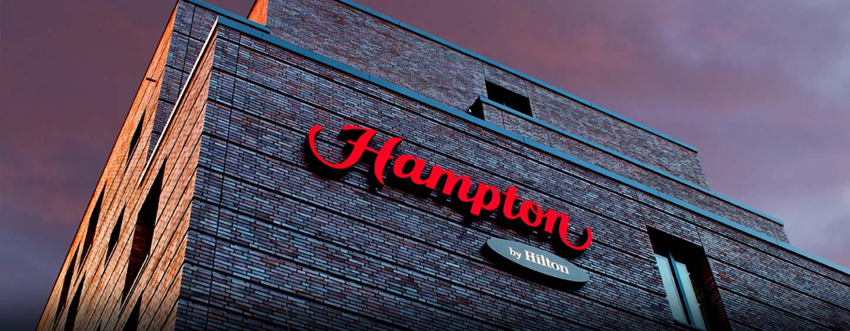 Das Hampton by Hilton Berlin City West begrüßt Sie herzlich