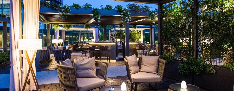Hôtel DoubleTree by Hilton Hotel Venice - North, Italie - Espace détente du jardin Arco