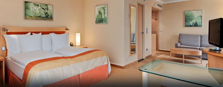 Hotel Hilton Vienna, Austria - Camera d'angolo con letto King size