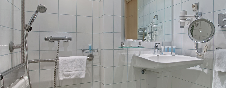 Hotel Hilton Vienna, Austria - Bagno accessibile ai disabili