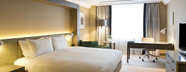 Die großzügigen Zimmer sind mit King-Size-Betten ausgestattet