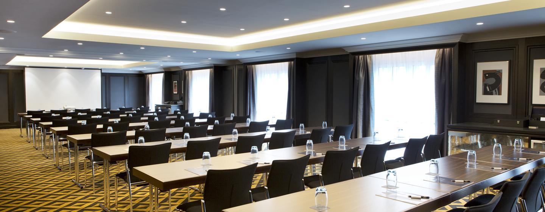 Zu Ihrem Meeting in Wien, können Sie bis zu 180 Teilnehmer einladen