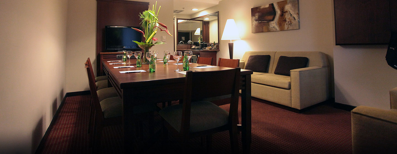 Hotel Embassy Suites by Hilton Valencia-Downtown, Venezuela - Suite para reuniones