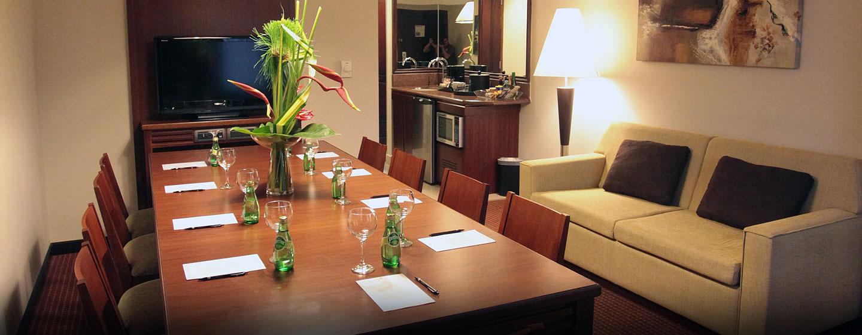 Hotel Embassy Suites by Hilton Valencia-Downtown, Venezuela - Mesa de juntas