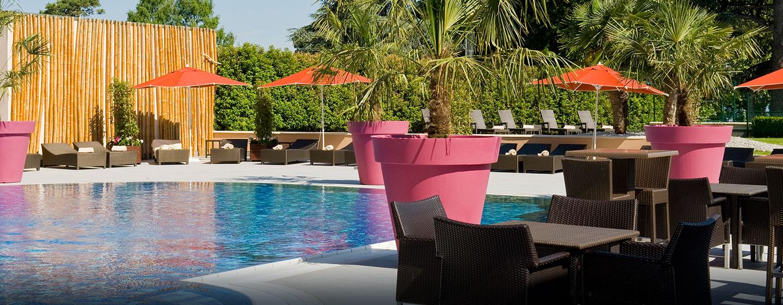 Hôtel Hilton Evian-les-Bains, France - Piscine