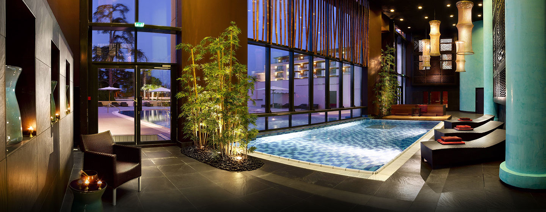 Hôtel Hilton Evian-les-Bains, France - Buddha-Bar Spa
