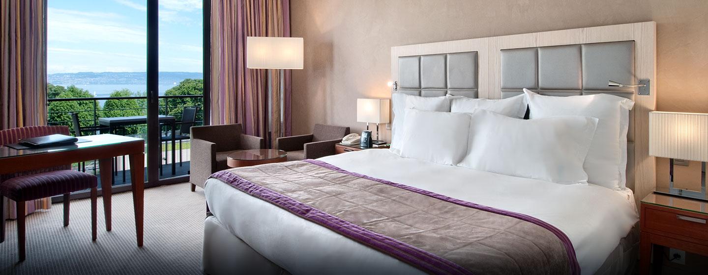 Hôtel Hilton Evian-les-Bains, France - Chambre exécutive avec très grand lit