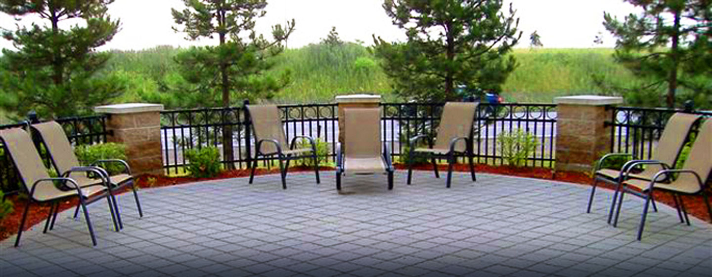 Hôtel Hampton Inn by Hilton Toronto-Mississauga West, ON, Canada - Patio