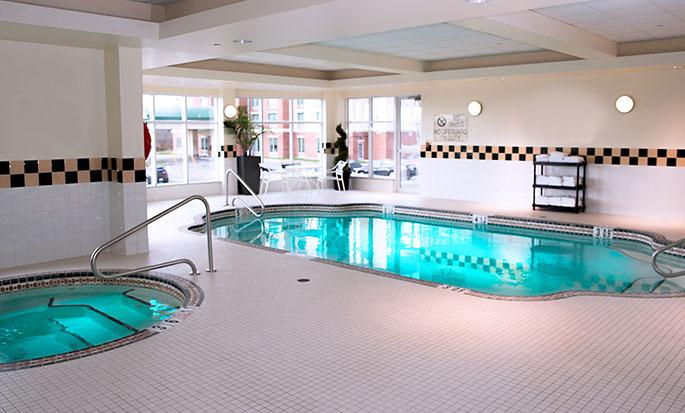Hôtel Hilton Garden Inn Halifax Airport, Nouvelle-Écosse, Canada - Piscine