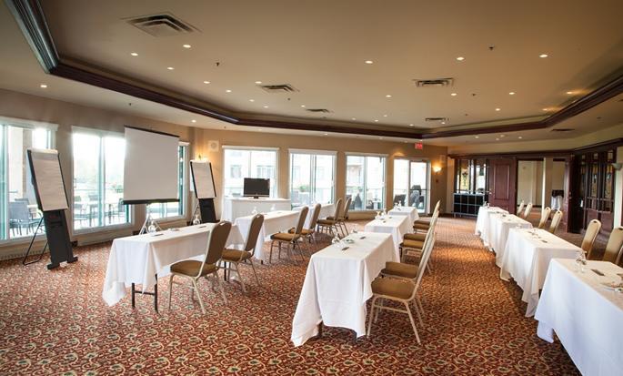 Hôtel DoubleTree by Hilton Gatineau-Ottawa, Canada - Salle de réunion