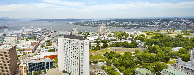 Hôtel Hilton Quebec, Canada - Vue extérieure de l'hôtel et fontaine