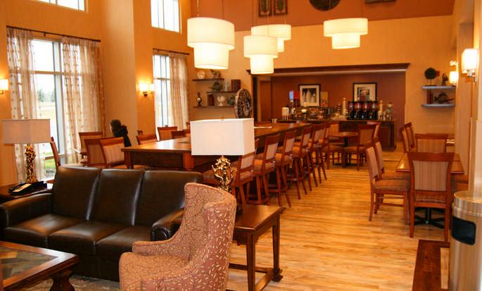 H 244 Tel Hampton Inn Amp Suites By Hilton Moncton N B