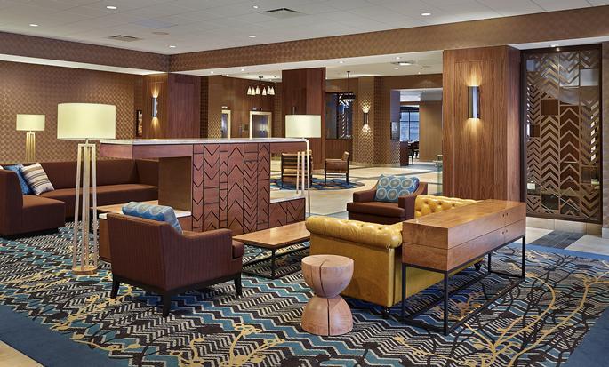 DoubleTree by Hilton Hotel & Conference Centre Regina - Hall de l'hôtel