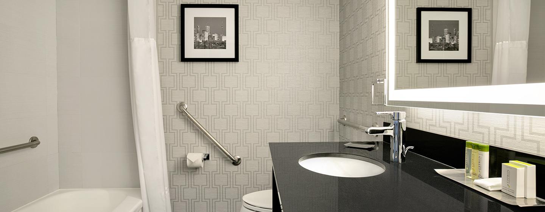Hôtel DoubleTree by Hilton Hotel Toronto Downtown - Salle de bains standard
