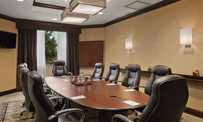 Hôtel Homewood Suites by Hilton Toronto Airport Corporate Centre Hotel, ON, Canada - Salle de réunion