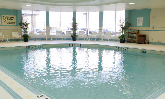 Hôtel Homewood Suites by Hilton Toronto Airport Corporate Centre, ON, Canada - Piscine intérieure