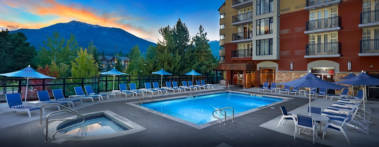 Hôtel Hilton Whistler Resort & Spa, CB - Piscine extérieure chauffée