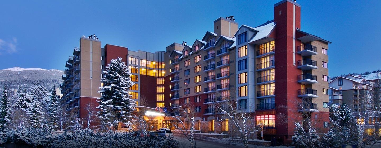 Hôtel Hilton Whistler Resort & Spa, CB - Extérieur de l'hôtel en hiver