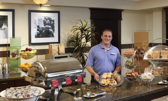 Hôtel Hampton Inn by Hilton North Bay - Petit déjeuner gratuit