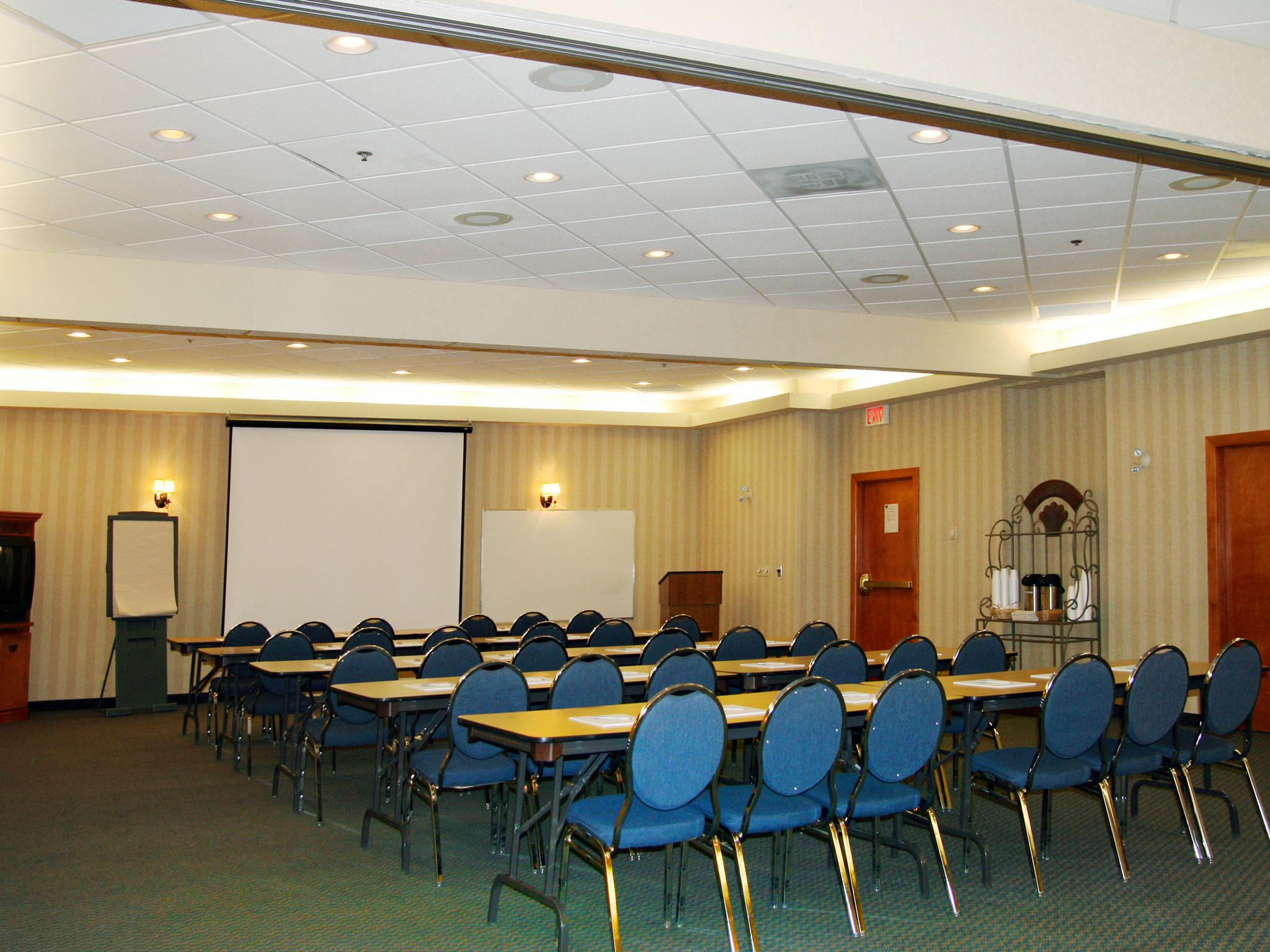 Hôtel Hampton Inn & Suites By Hilton Calgary-University Northwest, Alb., Canada - Salle de conférence