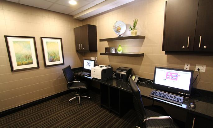Hampton Inn & Suites by Hilton St. John's Airport hotel - Business center