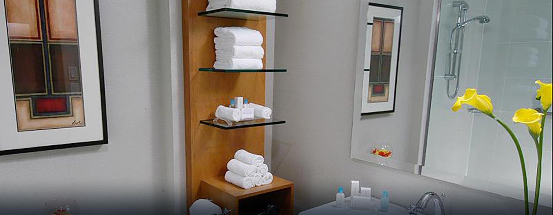 Hôtel Hilton Toronto Airport Hotel & Suites - Salle de bains d'une chambre d'angle