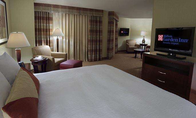 Hôtel Hilton Garden Inn Toronto Airport ON, Canada - Suite avec très grand lit