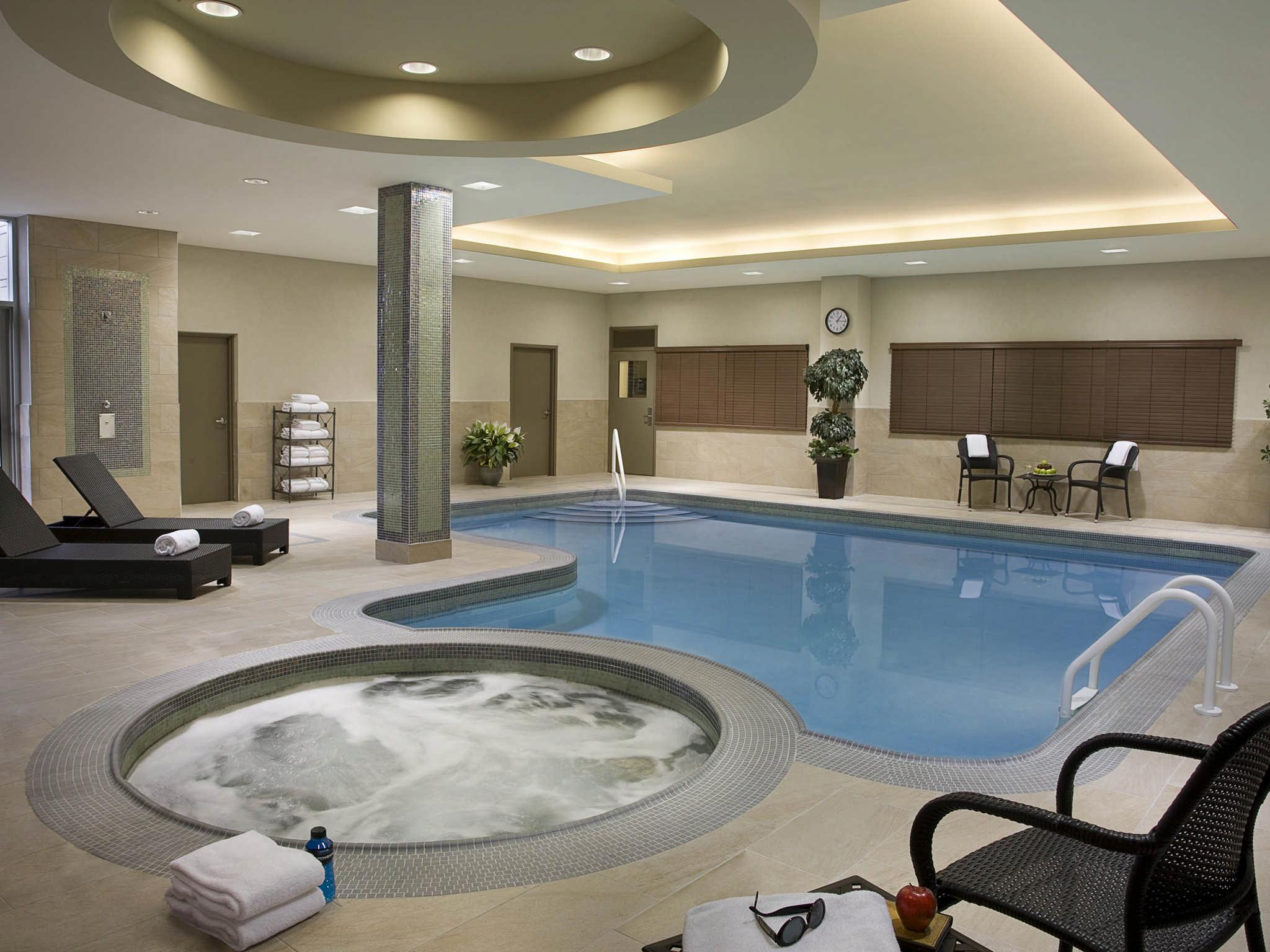 Hôtel Homewood Suites by Hilton Toronto Vaughan - Piscine intérieure