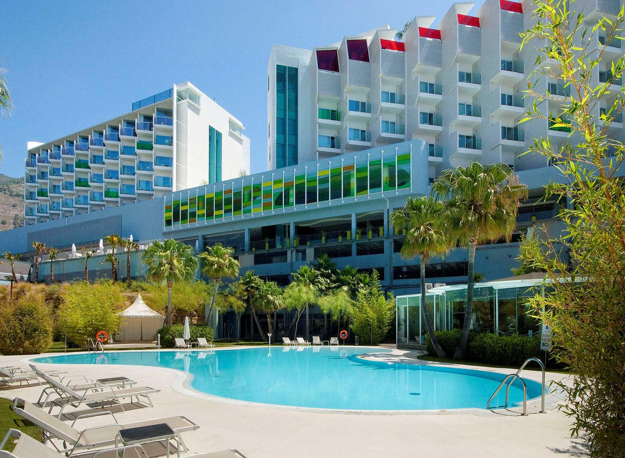 Hoteles en espa a barcelona madrid mallorca hilton for Hoteles de superlujo en espana