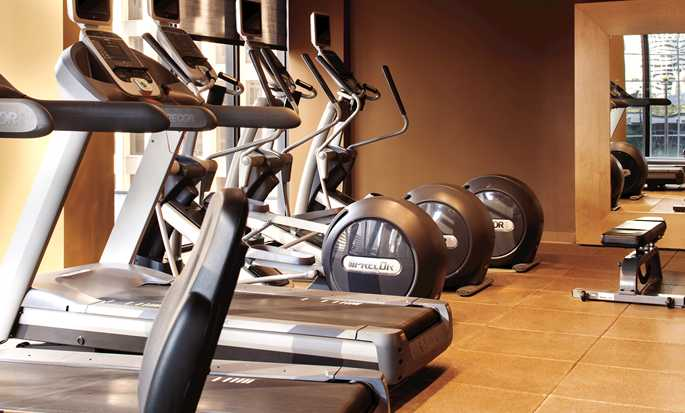 Hotel DoubleTree by Hilton Houston Downtown - Gimnasio