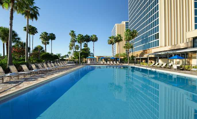 Hotel DoubleTree by Hilton at the Entrance to Universal Orlando, Florida - Piscina al aire libre