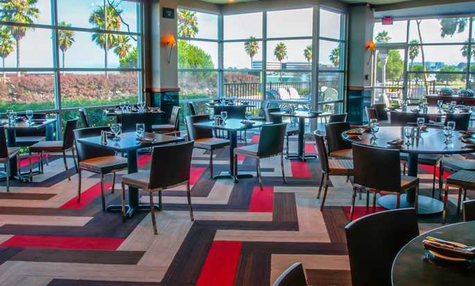 Hotel DoubleTree by Hilton San Francisco Airport North - Restaurante en el hotel