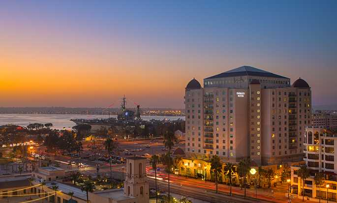 Embassy Suites San Diego Bay - Downtown, California - Fachada del hotel