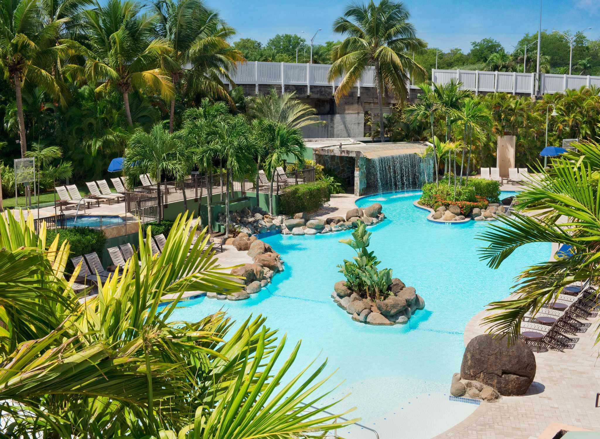 Hoteles en puerto rico san juan hilton worldwide for Piscinas de san juan