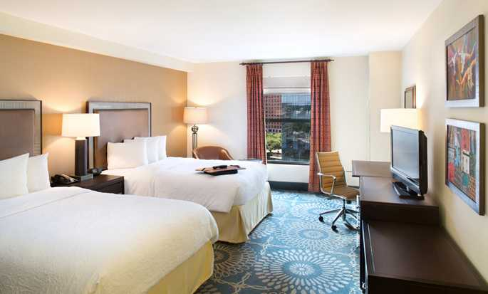Hotel Hampton Inn & Suites Austin-Downtown/Convention Center, Estados Unidos - Dormitorio con camas dobles