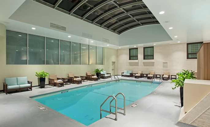 Palmer House® A Hilton Hotel, Chicago IL - Indoor Pool