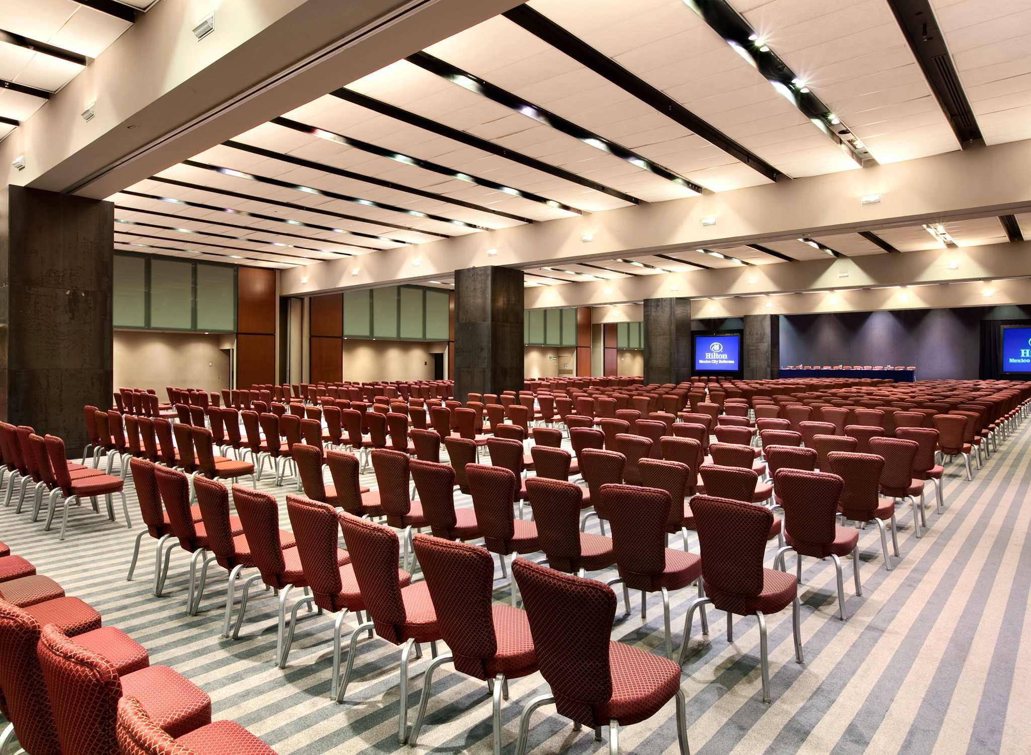MEXRFHH_meetings_full_conventionctr2.jpg
