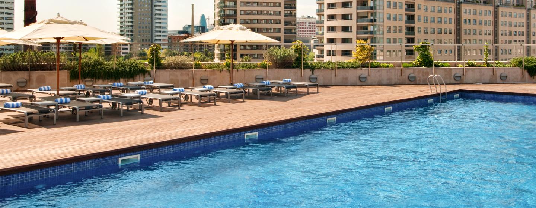 Hilton Diagonal Mar Barcelona, España - Piscina al aire libre