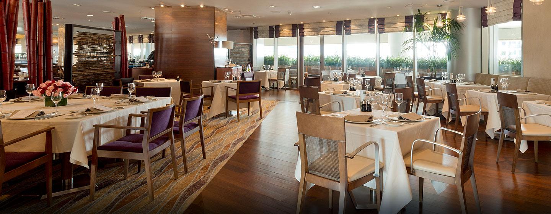 Hilton Diagonal Mar Barcelona, España - Restaurante Indigo