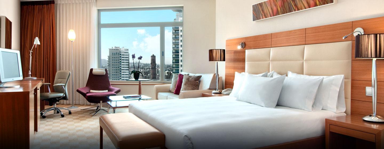 Hilton Diagonal Mar Barcelona, España - Habitación de lujo con cama King Hilton