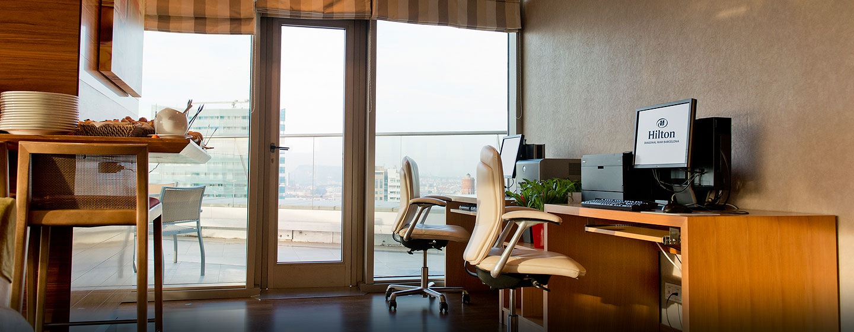 Hilton Diagonal Mar Barcelona, España - Ordenadores de la planta ejecutiva