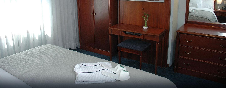 Hotel Embassy Suites by Hilton Caracas, Venezuela - Suite con cama king